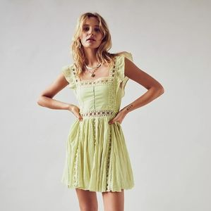 FREE PEOPLE BOHO CUTE DRESS!
